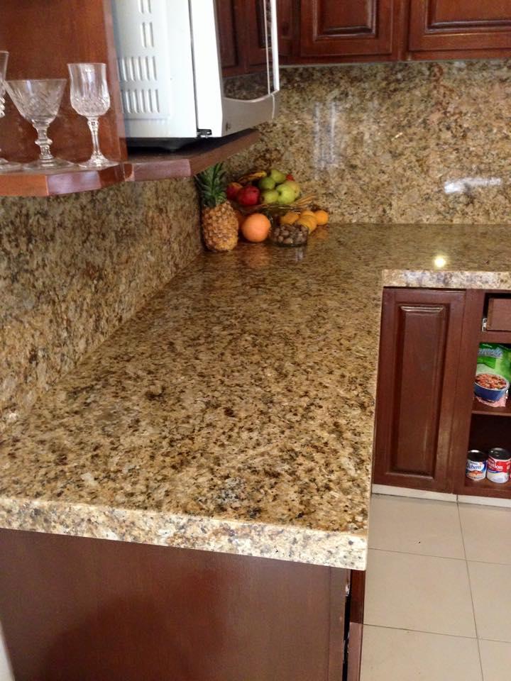 Cubiertas en granito para cocinas grandiosas for Cocinas en granito natural