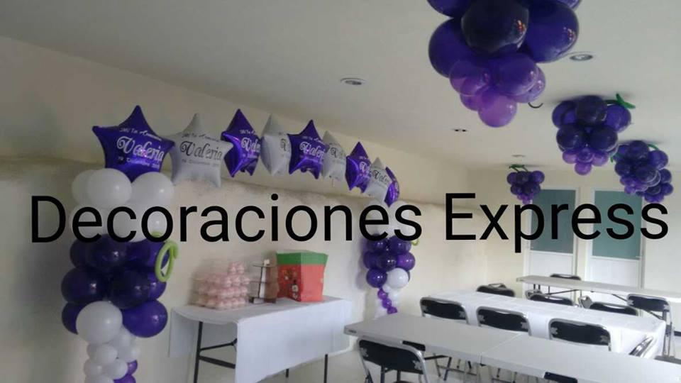 Decoraciones con globos para primera comunion bautizos for Decoracion globos comunion