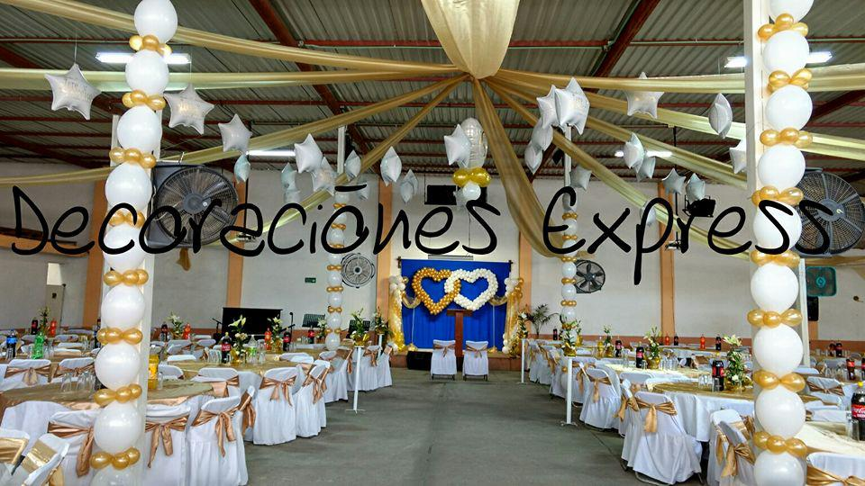 Decoraciones con globos y telas para bodas 15 a os for Decoracion en telas y globos para 15 anos