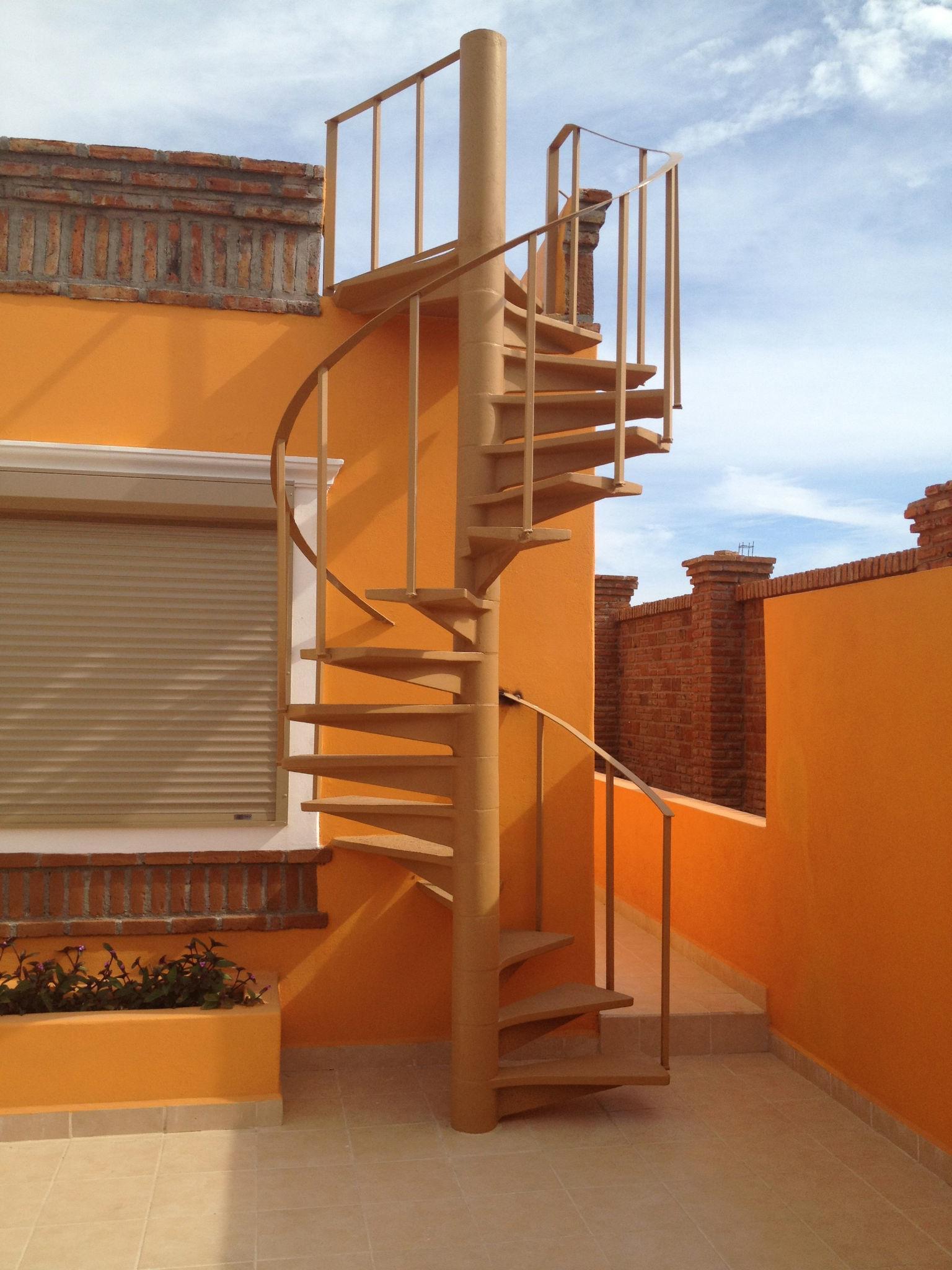 Escaleras tipo caracol - Escaleras de caracol economicas ...
