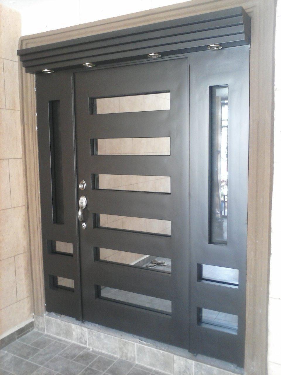 Puertas de Madera y Portones rústicos - Portón Clásico