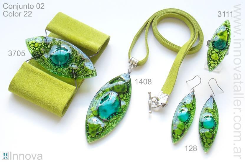 4940ca96a3f7 Joyas y bisuteria de vidrio - Innova