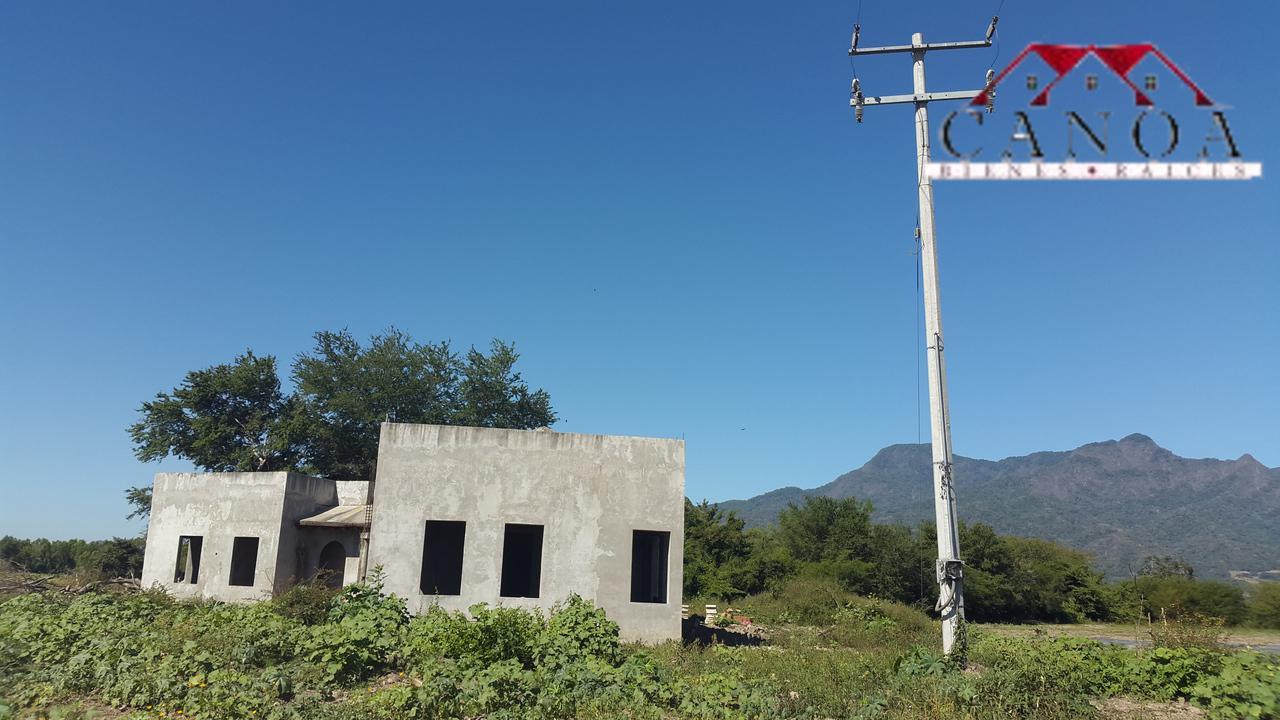 Casas con terreno en las palmas gallery of bienes raices - Precio vallar terreno ...