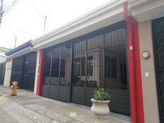 heredia-mercedes-sur, Calle 1 Villas del Boulevard 32