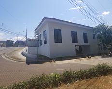 Condominio La Botánica 60844034