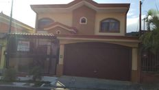Residencial Del Rey, casa 7D 7D