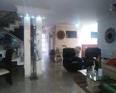 Moderna Casa de Abuelos Laureles