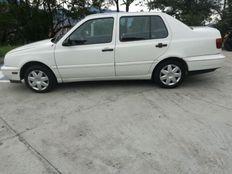 VOLKSWAGEN VENTO CL MT 1800 cc modelo 1998