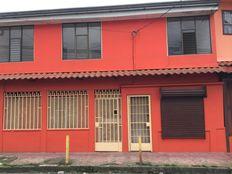 Casa en alquiler en Goicoechea, por Clínica Católica