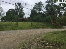 Hermosa hacienda con casa, en finca de 5 hectáreas