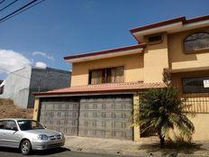 Se vende hermosa casa a excelente precio