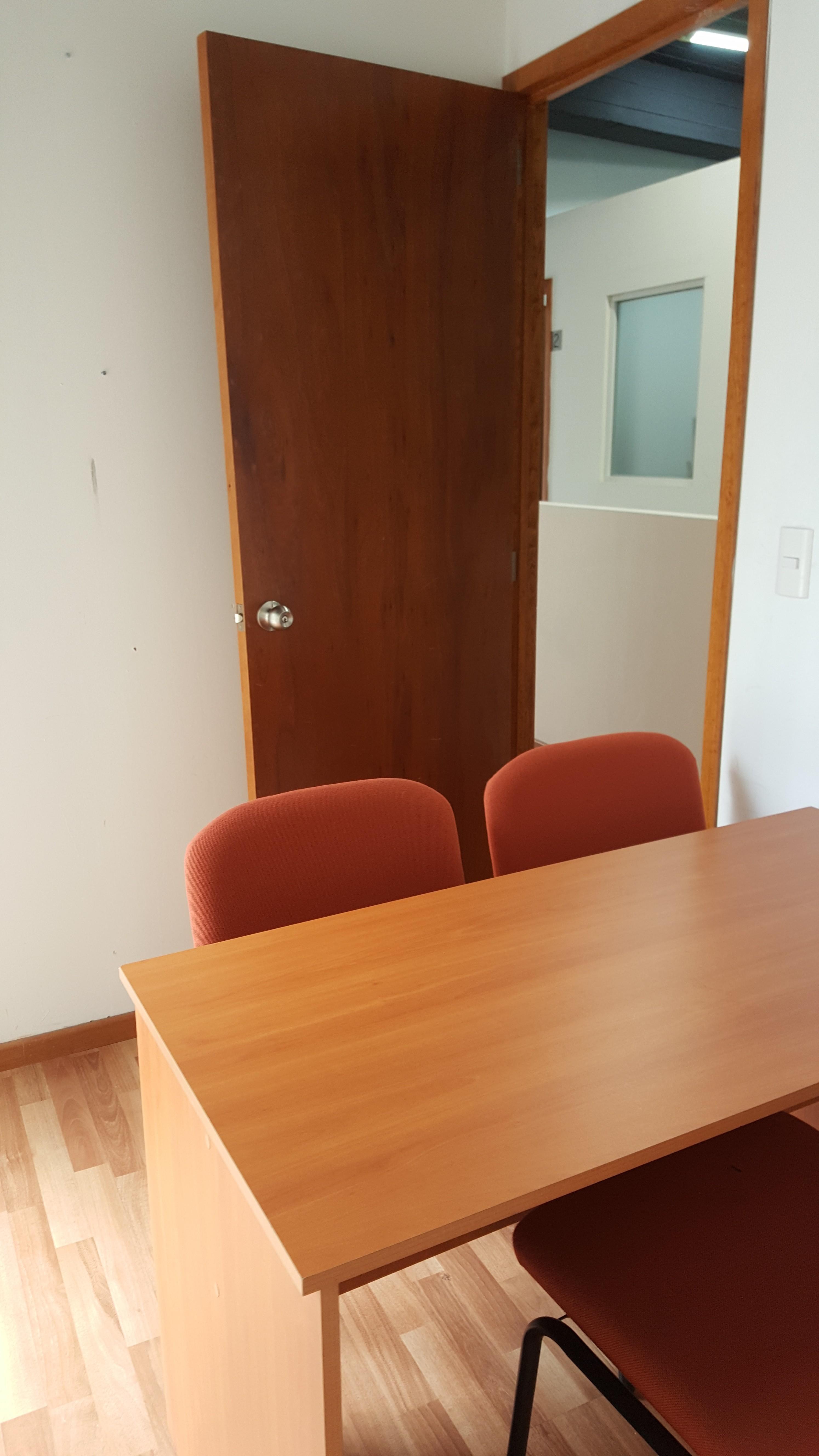 Oficina ejecutiva todos los servicios incluidos for Oficina ejecutiva