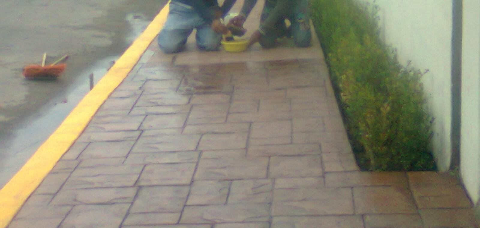 Pisos de concreto pulido estampado oxidados y for Piso cemento pulido
