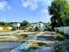 Terreno Industrial con oficinas sobre carretera a Zapotlanejo