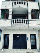 casa de tres plantas con un total de 487 m2 en liquidacion iquitos