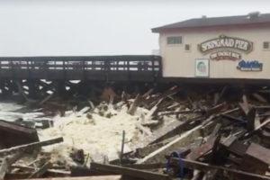us-matthew-destroys-pier