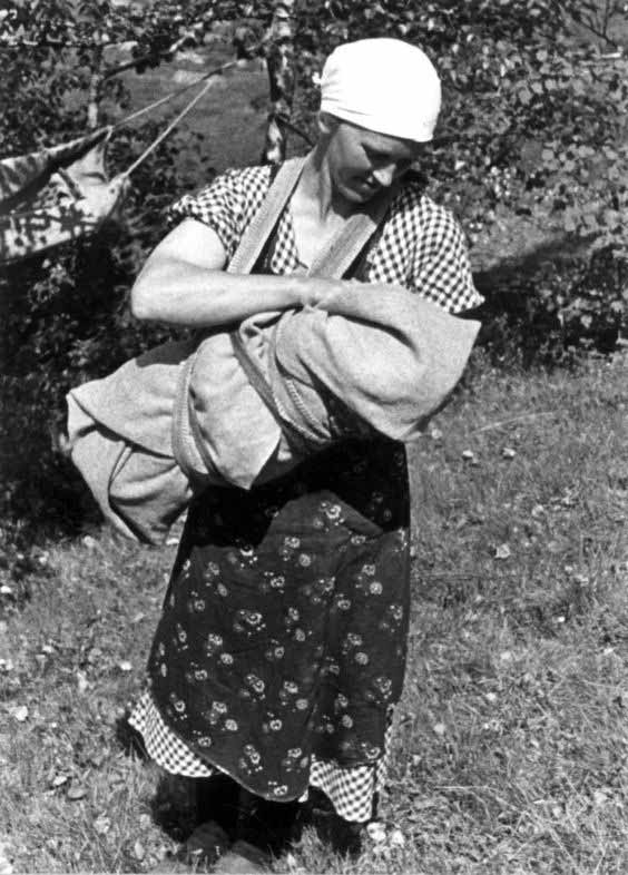 Scandinavian baby in Fatle sling carrier