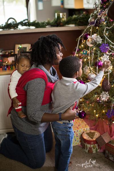 Woven Wrap Decorating Christmas Tree