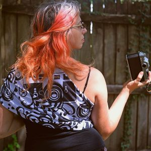 Lenny Lens Woven Camera Wrap