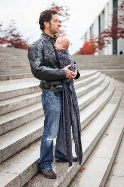 Dad with baby in Ellevill Paisley Silver