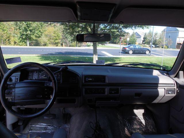 1996 Ford Bronco XLT Leesburg, Virginia 8