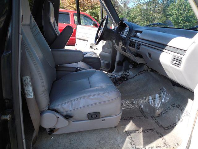 1996 Ford Bronco XLT Leesburg, Virginia 12