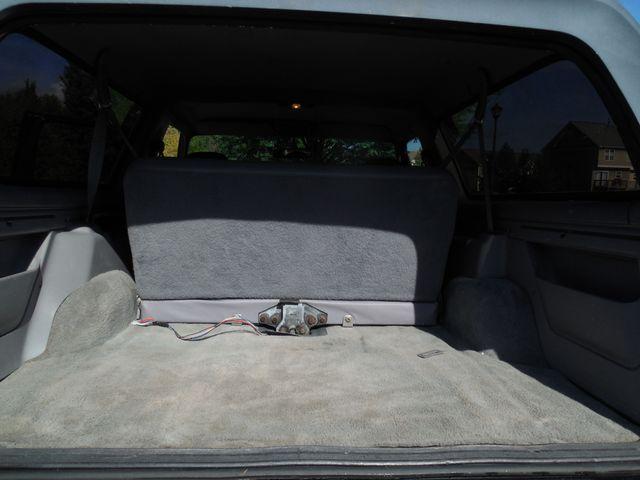 1996 Ford Bronco XLT Leesburg, Virginia 13
