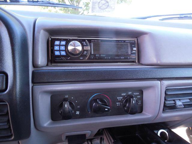 1996 Ford Bronco XLT Leesburg, Virginia 16