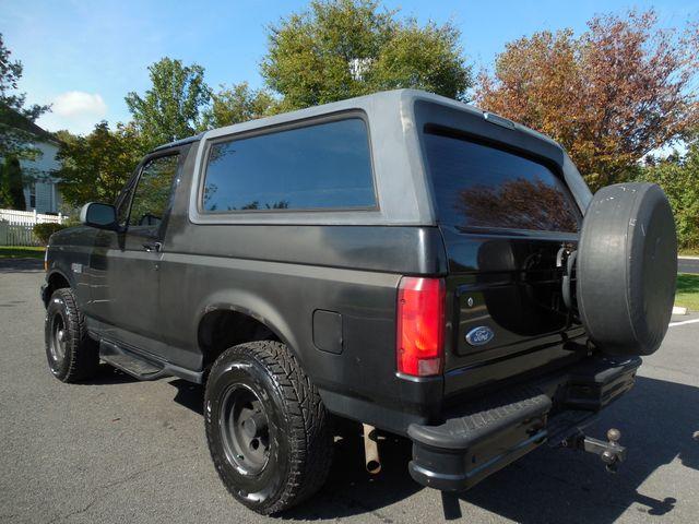 1996 Ford Bronco XLT Leesburg, Virginia 3
