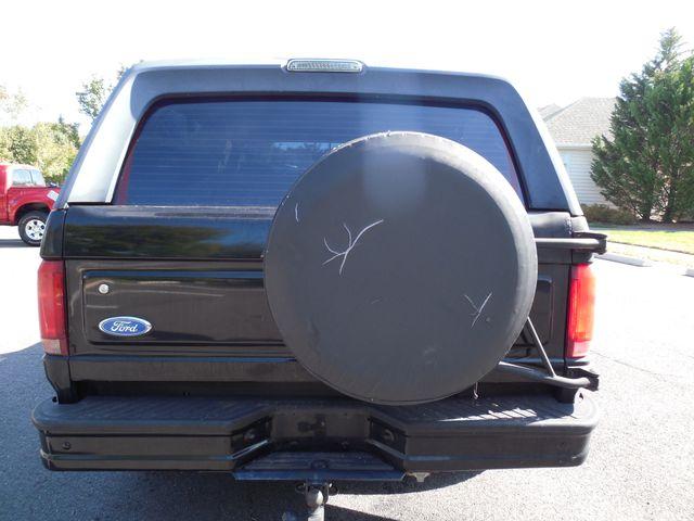 1996 Ford Bronco XLT Leesburg, Virginia 7