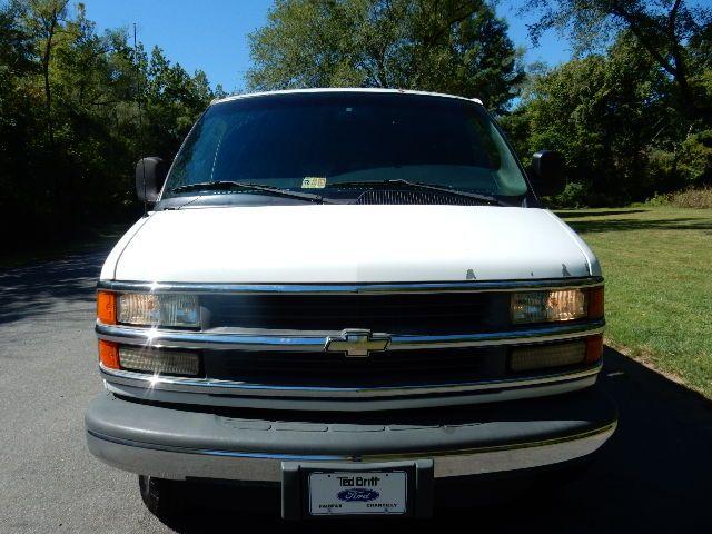 2002 Chevrolet Express Van Leesburg, Virginia 12