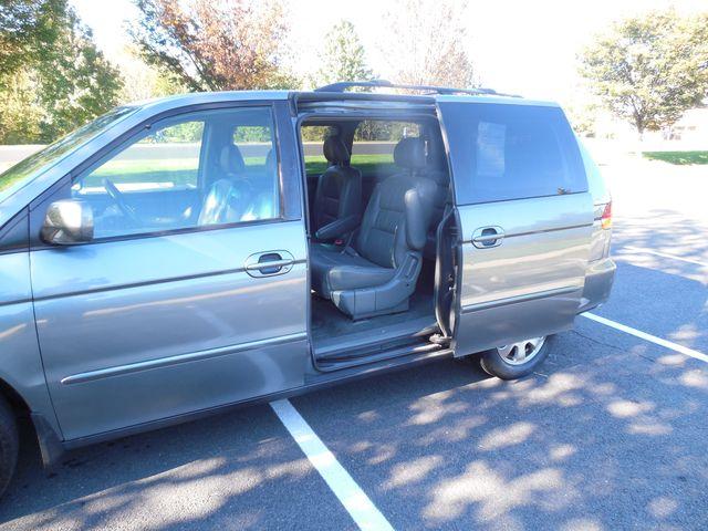 2002 Honda Odyssey EX-L w/Leather Leesburg, Virginia 17