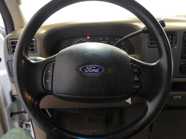2003 Ford Super Duty F-250 XLT 4X4 Leesburg, Virginia 14