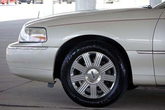 2003 Lincoln Town Car Cartier Premium Plano, TX 10