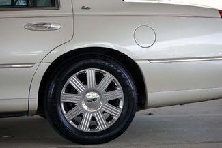 2003 Lincoln Town Car Cartier Premium Plano, TX 11
