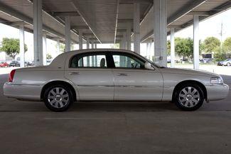 2003 Lincoln Town Car Cartier Premium Plano, TX 12