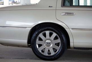 2003 Lincoln Town Car Cartier Premium Plano, TX 13