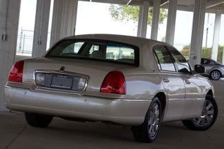2003 Lincoln Town Car Cartier Premium Plano, TX 15