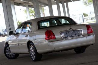 2003 Lincoln Town Car Cartier Premium Plano, TX 18