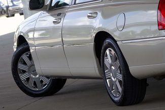 2003 Lincoln Town Car Cartier Premium Plano, TX 20