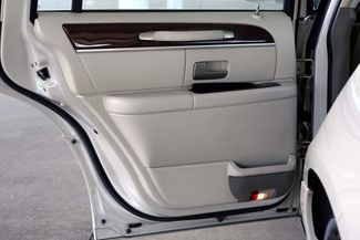 2003 Lincoln Town Car Cartier Premium Plano, TX 23