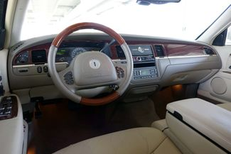 2003 Lincoln Town Car Cartier Premium Plano, TX 31