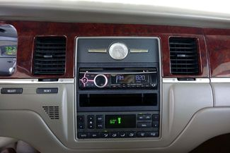 2003 Lincoln Town Car Cartier Premium Plano, TX 32