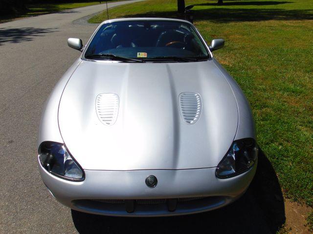 2004 Jaguar XKR Leesburg, Virginia 8