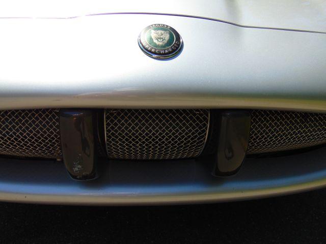 2004 Jaguar XKR Leesburg, Virginia 10