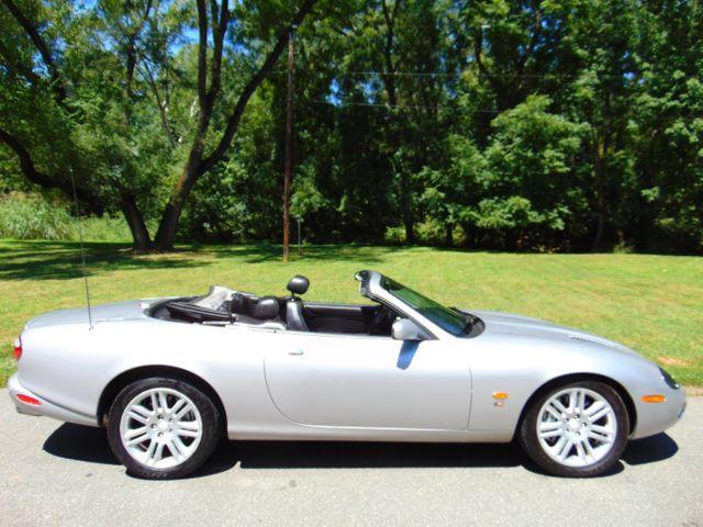 2004 Jaguar XKR Leesburg, Virginia 4