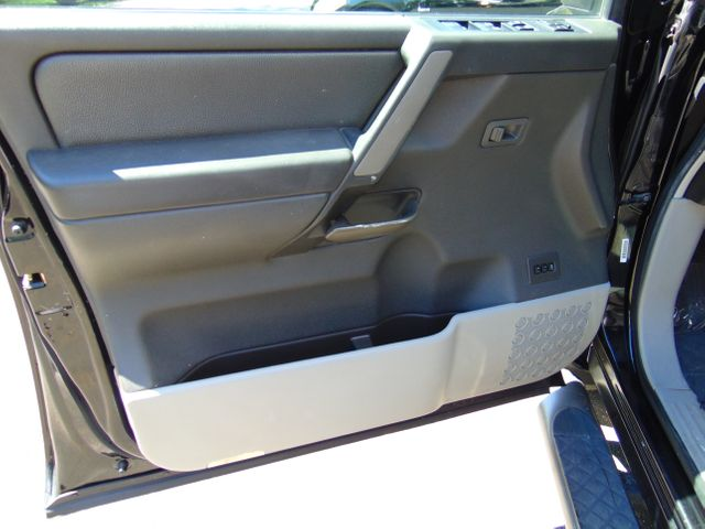 2004 Nissan Titan LE Leesburg, Virginia 14