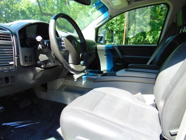 2004 Nissan Titan LE Leesburg, Virginia 32
