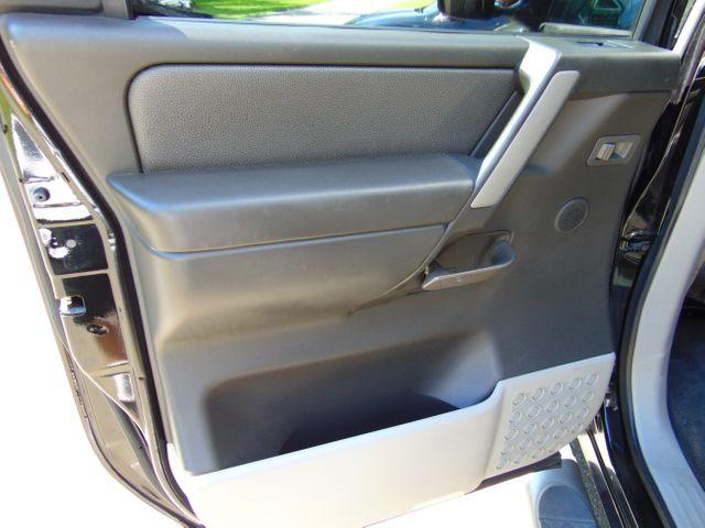 2004 Nissan Titan LE Leesburg, Virginia 36