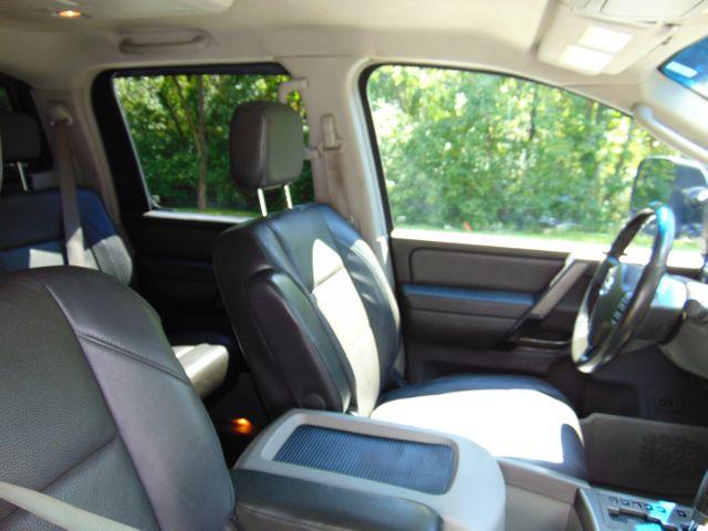2004 Nissan Titan LE Leesburg, Virginia 46